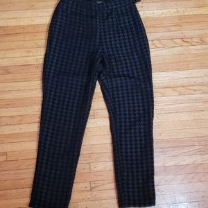 American Apperal dress pants Houndstooth pattern